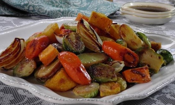 Roasted-Vegetables-with-Balsamic-Glaze