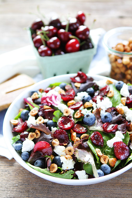 Balsamic-Grilled-Cherry-Blueberry-and-Goat-Cheese-Salad